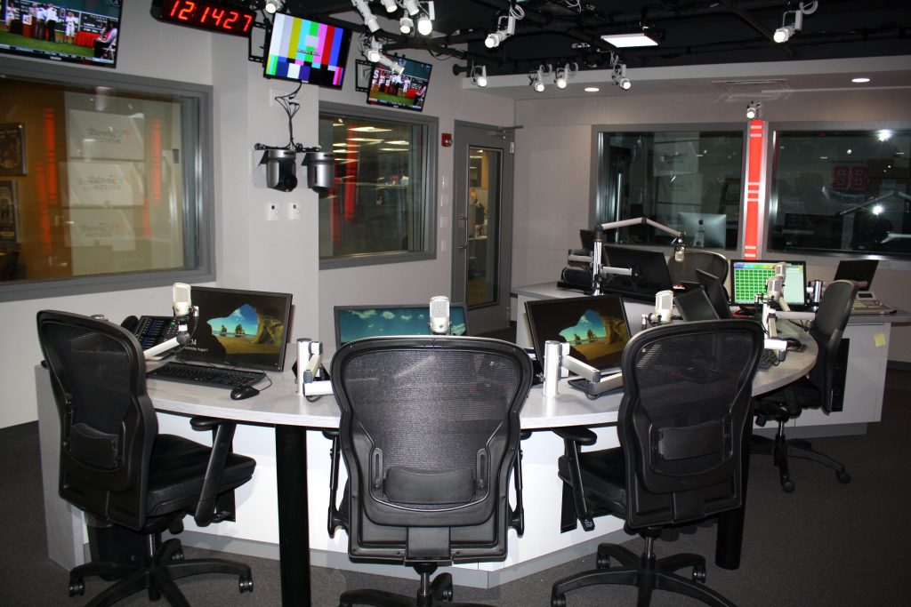 Image of H&H Builders 98.5 Radio Station 2