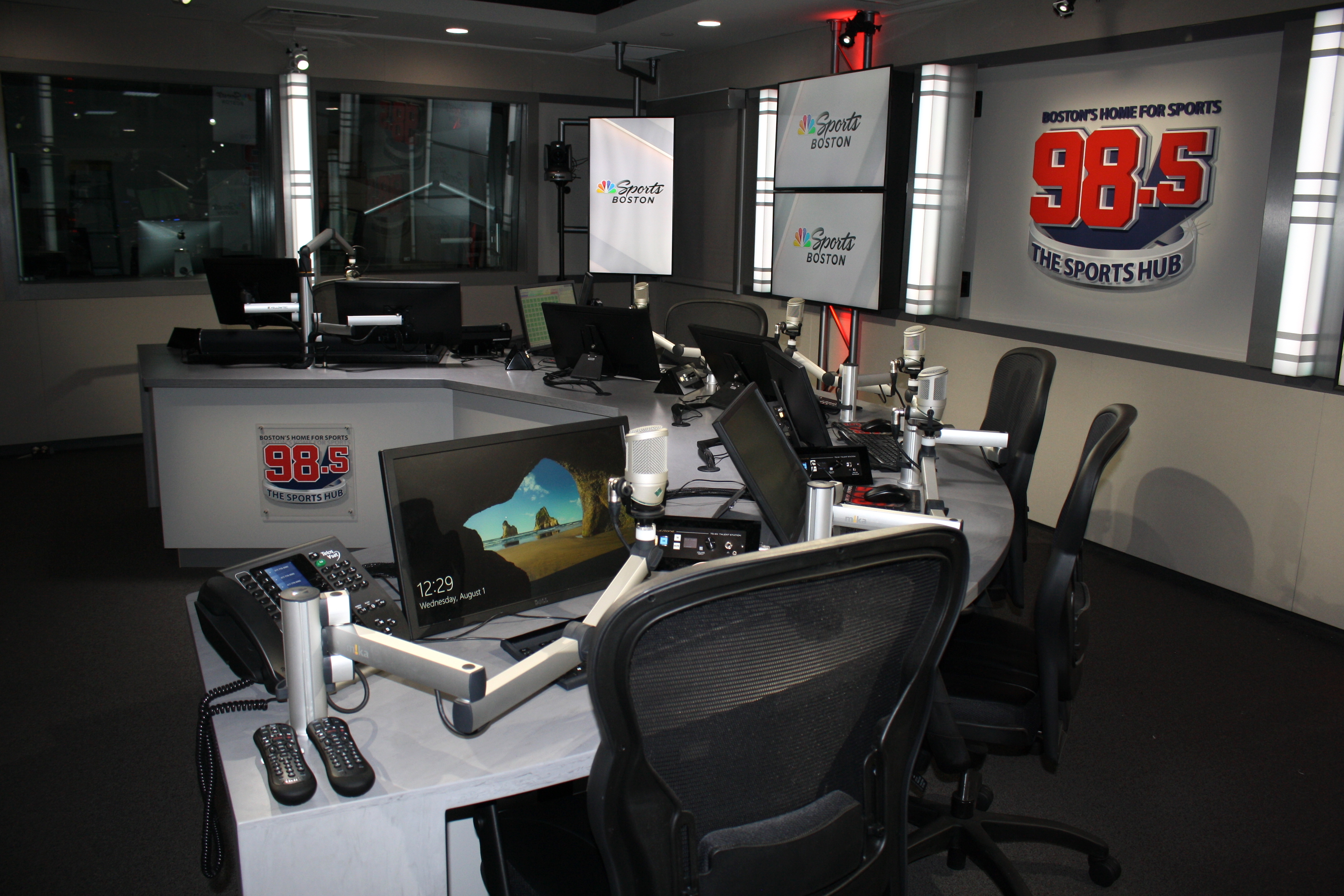 Image of 98.5